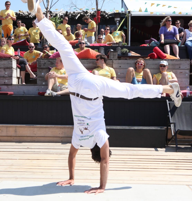 capoeira tiktok workshop bij het Muiderslot
