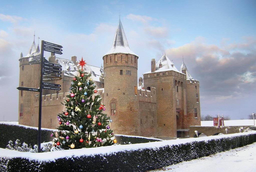kerst bij het muiderslot op het winterkasteel ook met feestdagen