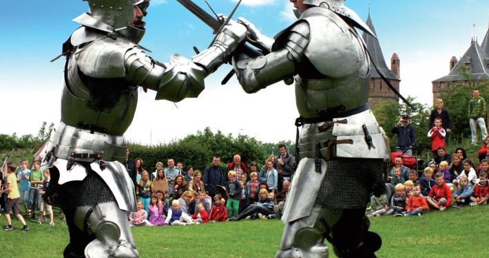 ridders vechten voor het muiderslot